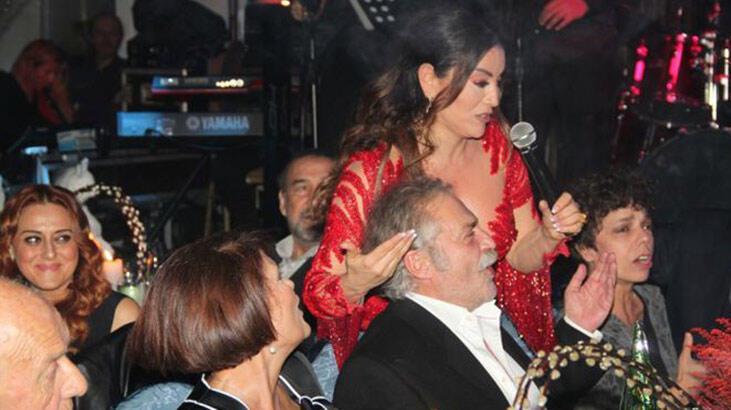 Haluk Bilginer'e evde Emmy daveti