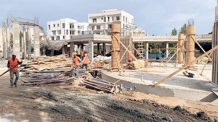 Okul inşaatında çökme kalıplar yüzünden olmuş