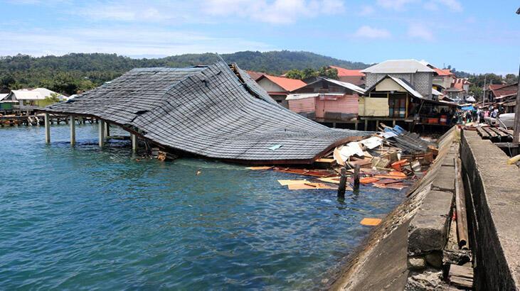 Endonezya'da doğal afetler 11 ayda 462 can aldı