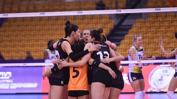 Imoco Volley: 3 - Eczacıbaşı VitrA: 1
