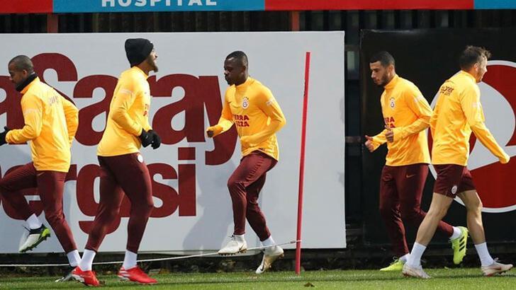 Galatasaray'dan Feghouli veLemina açıklaması!
