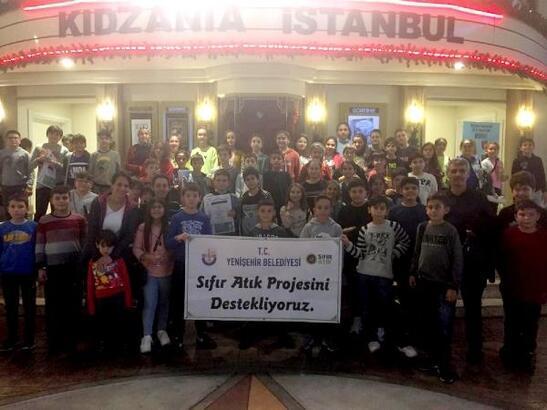 Yenişehir Belediyesi'nden öğrencilere İstanbul gezisi