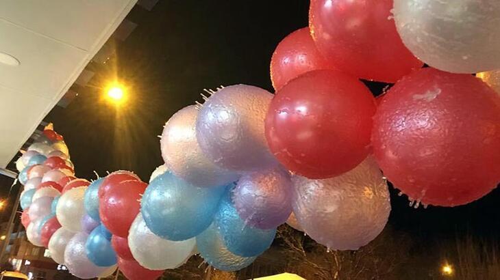 Ardahan dondu! Balonlar tamamen buzla kaplandı