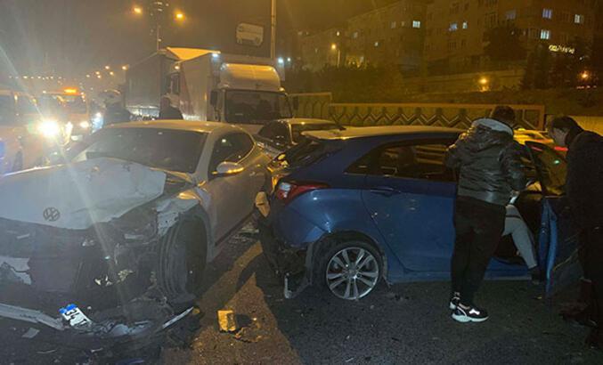 Şile Otoyolu'nda zincirleme kaza: 2 yaralı