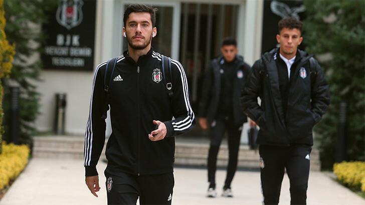 Beşiktaş, Wolves maçı için İngiltere'ye gitti