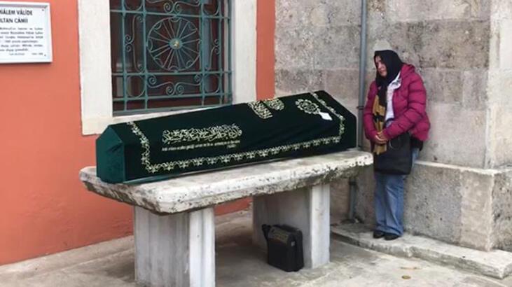 Ölümünden 8 yıl sonra toprağa verildi