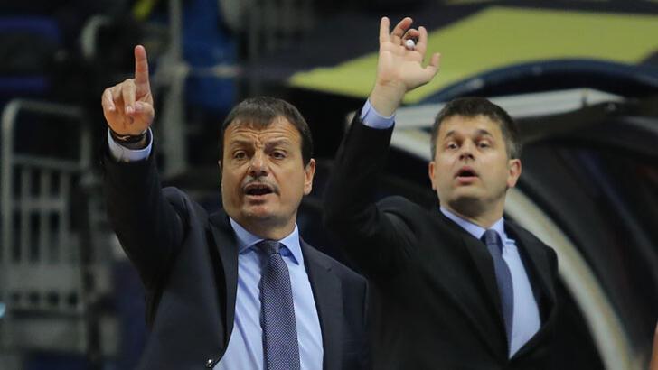 """Ergin Ataman: """"Dunston 2-3 ay yok"""""""