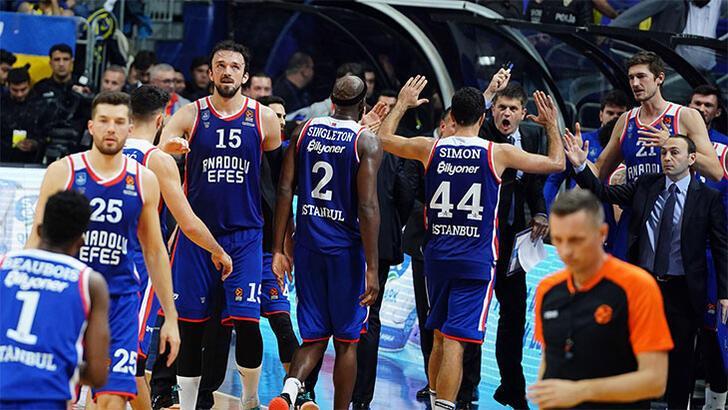 THY Euroleague'de Anadolu Efes fırtınası