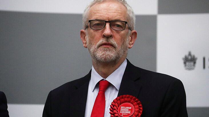 İşçi Partisi lideri Jeremy Corbyn, yenilgi için özür diledi