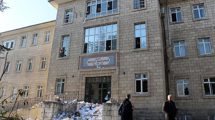 Fuhuş yapıldığı iddia edilen eski hastane binası temizlendi!