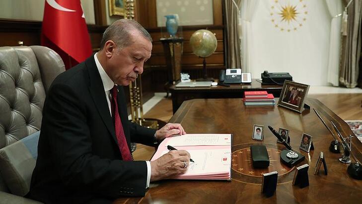 Cumhurbaşkanı Erdoğan'dan kritik imza! İşte görevden alınan 3 isim ...