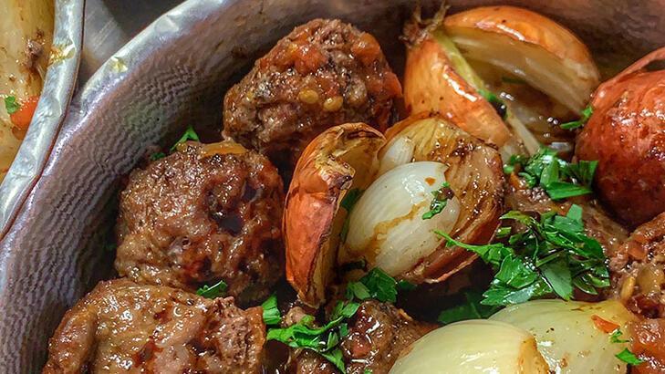 Yunus Emre Akkor'dan Soğan Kebabı tarifi