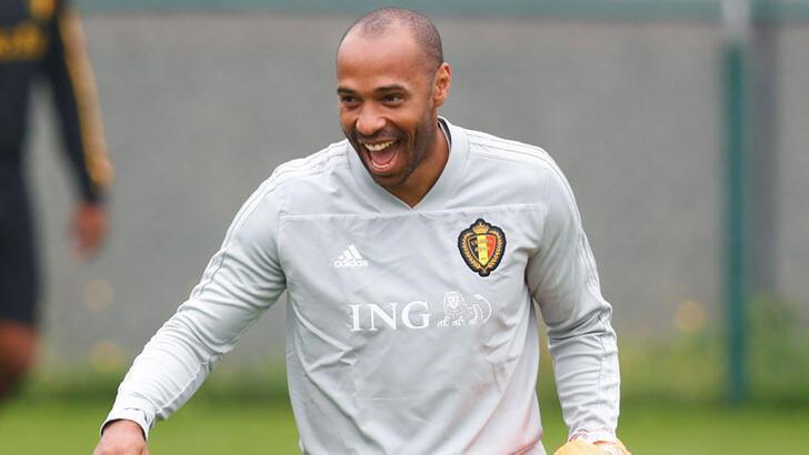 Thierry Henry bombası! Barcelona'ya hoca olarak dönüyor