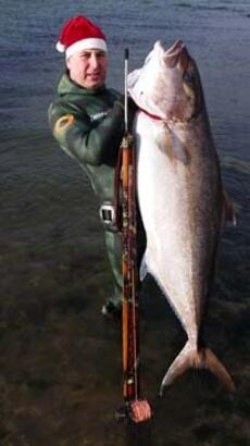 Yakaladığı balığı gören inanamıyor