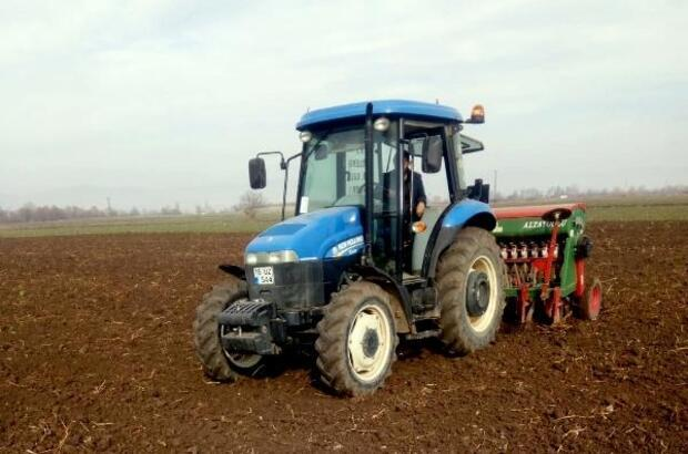 Yenişehir'de buğday hasatında verimi arttırmak için yeni tohum denemesi