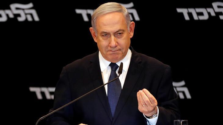Netanyahu, elindeki bakanlık koltuklarını bıraktı