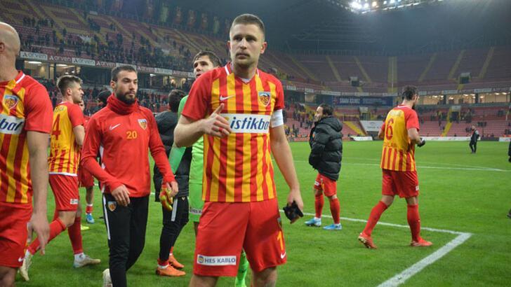 Transfer haberleri | Kravets, Kayserisporda kaldı