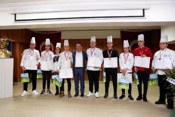Başkan Özcan, geleceğin aşçılarını tebrik etti