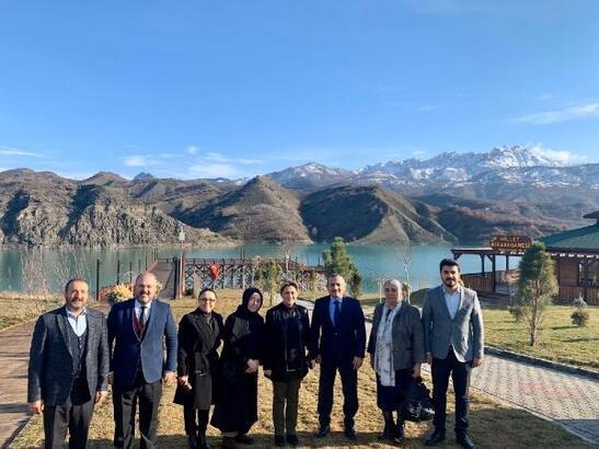 AK Parti Kadın Kolları'ndan Tunceli'ye ziyaret