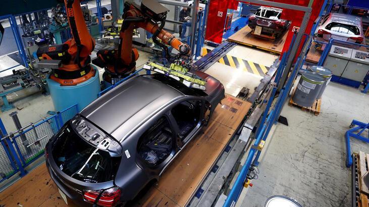 Almanya'da otomotiv sektöründeki sıkıntı büyümeyi düşürecek