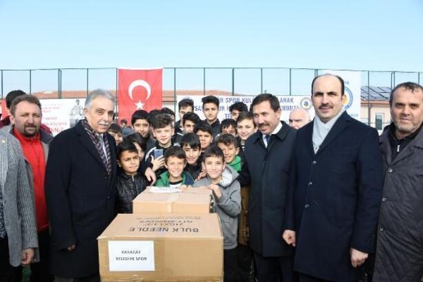 Konya Büyükşehir'den amatör spor kulüplerine malzeme desteği