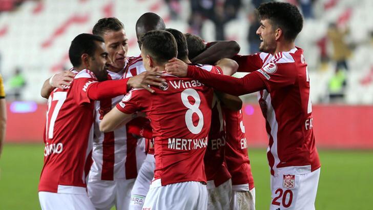 Demir Grup Sivasspor-Yeni Malatyaspor: 4-0