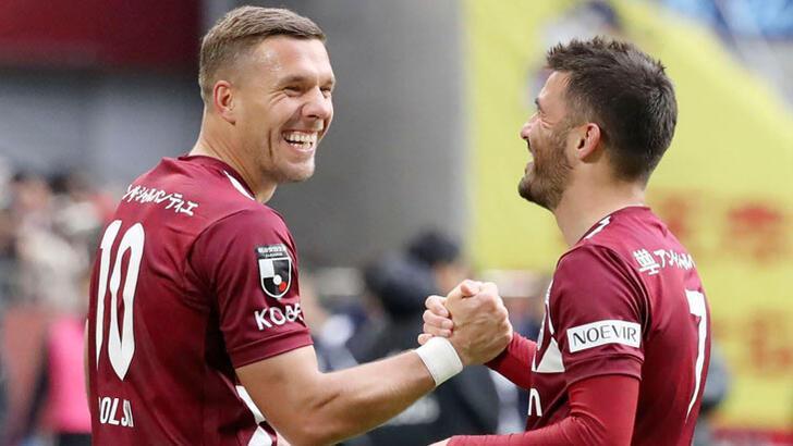 Antalyaspor'da Podolski gelişmesi! Geri dönüyor...