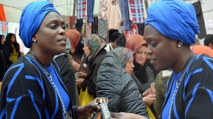 Avcılar'ın Senegalli tek kadın pazarcısını gören şaşkına döndü!