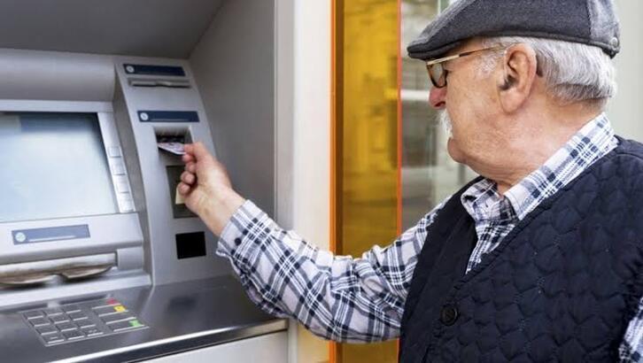Belli oldu! Emekli maaş farkı (SSK - Bağkur) ne zaman yatacak? Enflasyon farkları yatıyor mu?