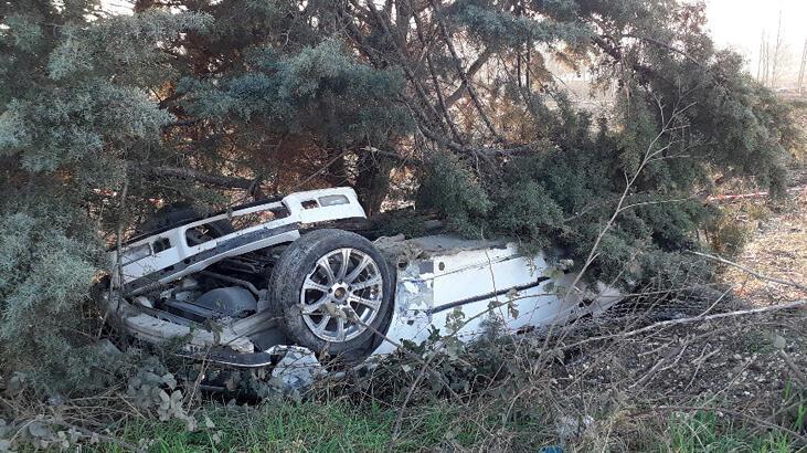 Silivri'de buzlanan yolda kaza! 1 ölü, 1 yaralı