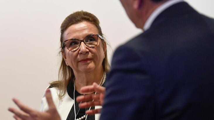 Bakan Pekcan, Davos'ta DTÖ toplantılarına katıldı