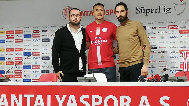 Transfer haberleri | Adis Jahovic imzayı attı, Ersan Gülüm yolda...