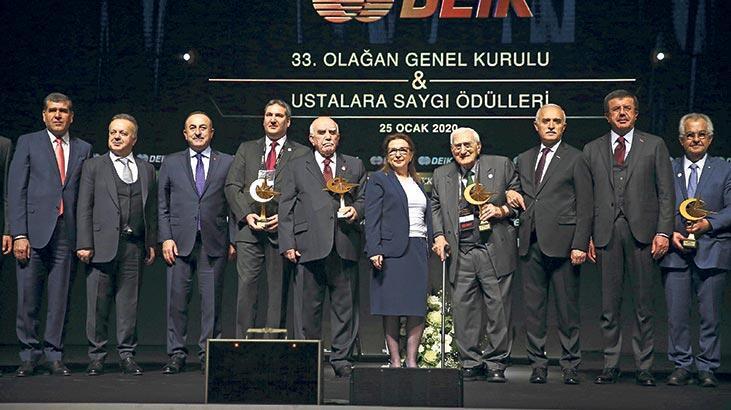 Ticaret Bakanı Ruhsar Pekcan: Türkiye ticarette dünyadan çok büyüyor
