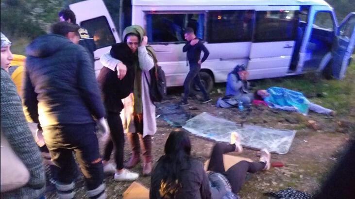 Bodrum'da servis minibüsü takla attı: 11 işçi yaralı