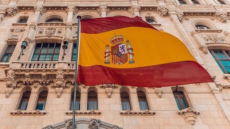 Katalonya Başkanı Quim Torra'nın milletvekilliği düşürüldü