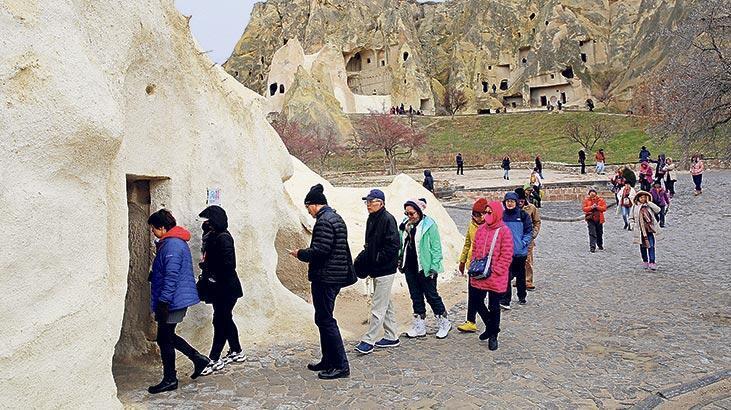 Yerli turistler Çinli var mı diye soruyor