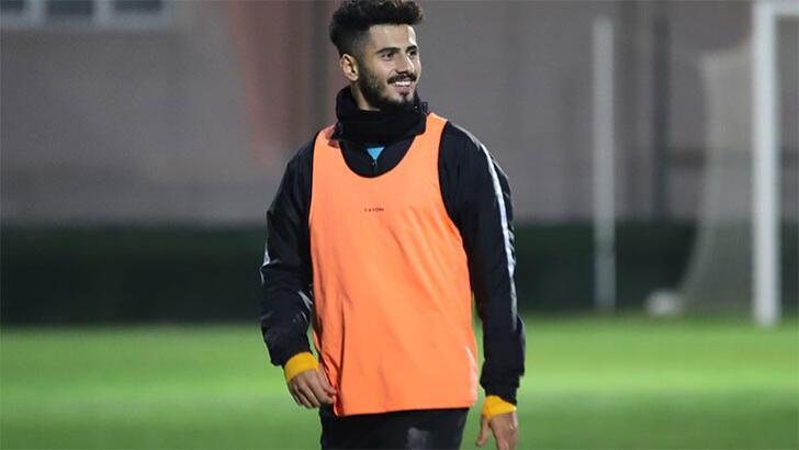 Transfer haberleri | Çaykur Rizespor Alberk Koç'la anlaştı