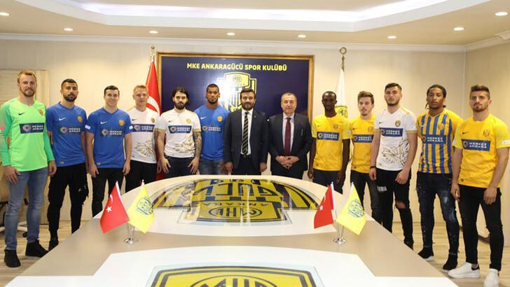 MKE Ankaragücü'nden 15 transfer birden