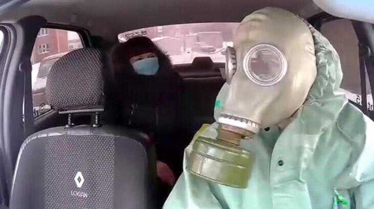 Rus taksi şoföründen virüse maskeli önlem