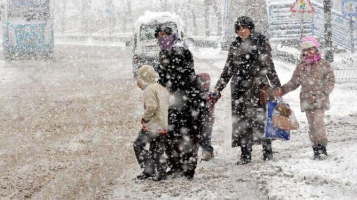 Son dakika: Kar ne zaman yağacak? Meteoroloji'den hava durumuna ilişkin açıklamalar peş peşe geliyor