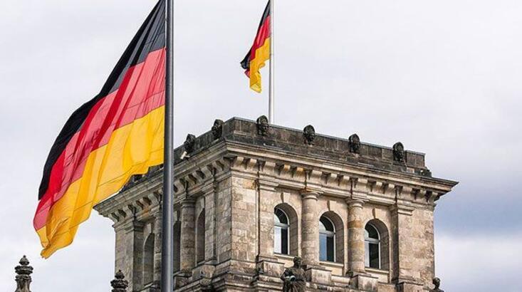 Almanya'dan 'beklenmedik' haber! Siparişler azaldı