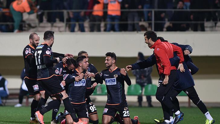 Alanyaspor'da hedef Fenerbahçe maçında galibiyet