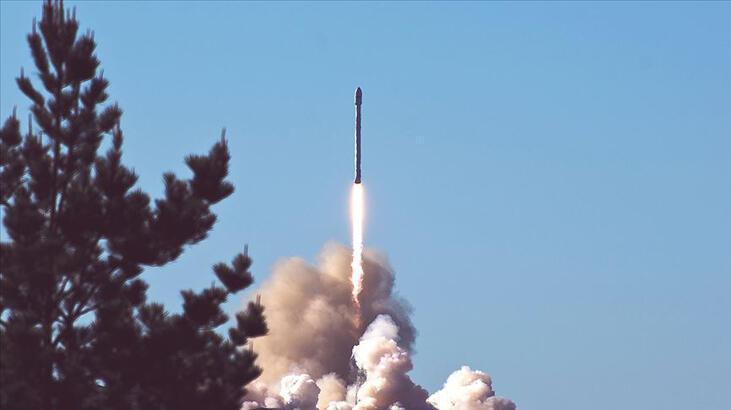 Kazakistan'daki Baykonur Uzay Üssü'nden 34 uydu fırlatıldı