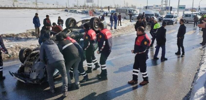 Ağrı'da trafik kazası: 1 ölü, 2 yaralı