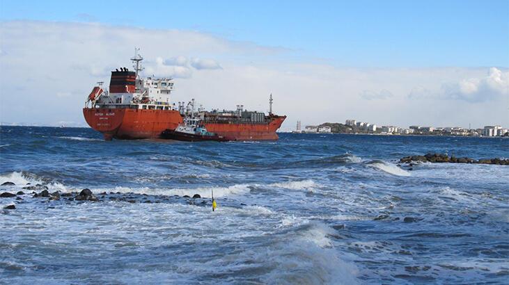 Son dakika... Yalova'da yük gemisi karaya oturdu!