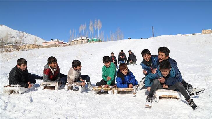 Hakkari, Şırnak ve Van'da yarın (11 Şubat) okullar tatil mi?
