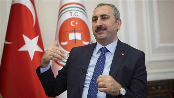 Son dakika: Adalet Bakanı Gül: Cezalarını evde çekmesi alternatifi üzerinde duruyoruz