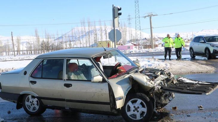 Sivas'ta feci kaza! Yaralılar arasında çocuklarda var