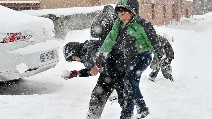 Son dakika... Tatil haberleri peş peşe geldi! Eğitime kar engeli