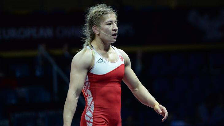 Avrupa Güreş Şampiyonası'nda kadınlar mindere çıkıyor